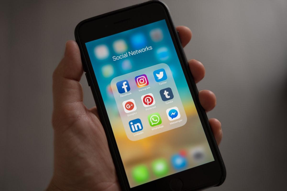 Redes sociales - Aplicaciones
