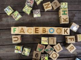 """The """"back to school"""" in 4 Facebook news"""